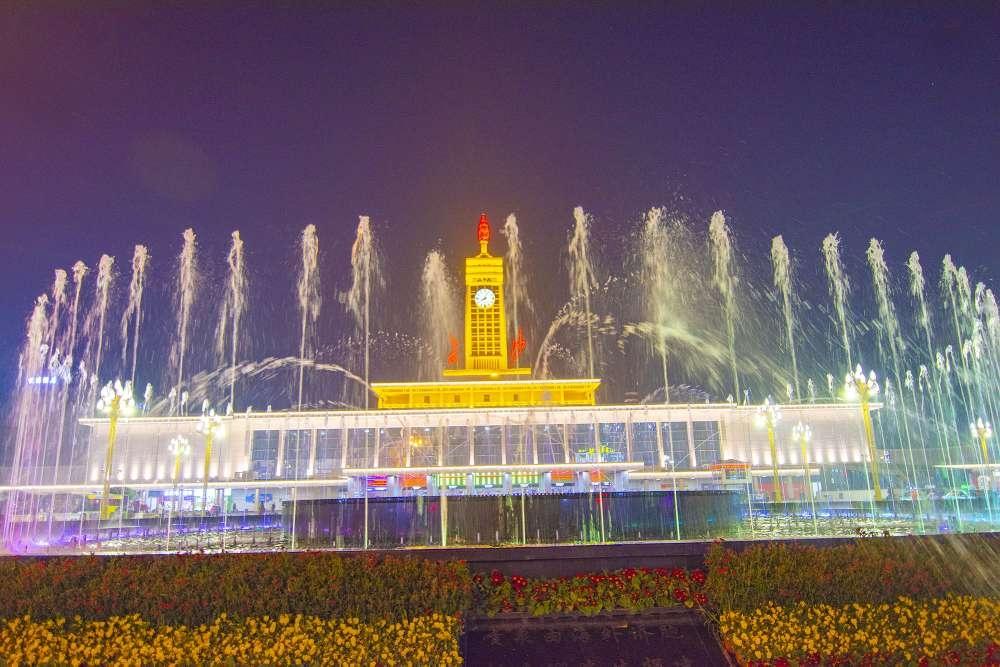 """长沙火车站焕新颜 """"水门""""迎宾客 新湖南www.hunanabc.com"""
