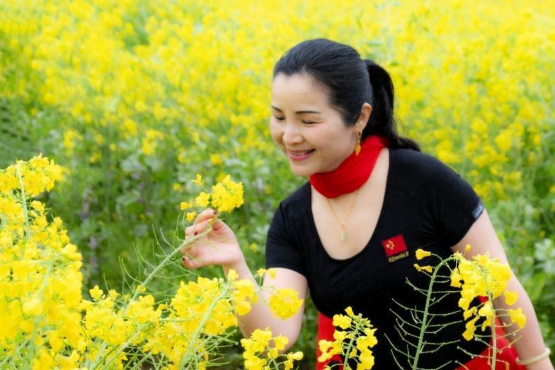 春色醉人菜花黄 新湖南www.hunanabc.com